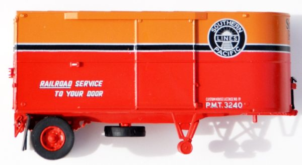 Two Side Door 22' Round-Nose Daylight PMT Trailers